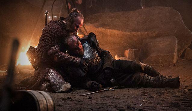 Thoros z Myr wskrzesza Berica Dondarriona.