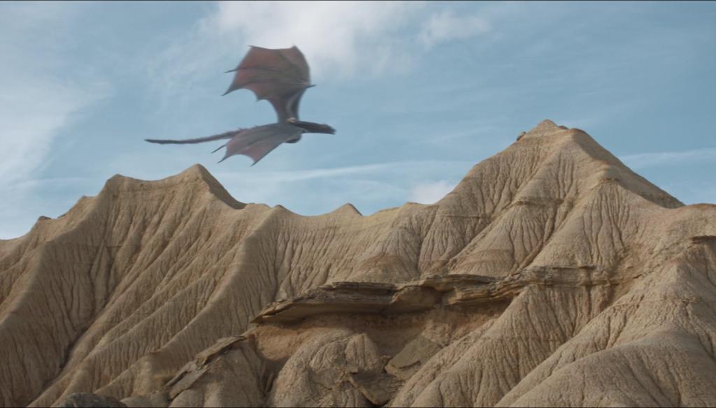 Przerażeni Dothrakowie obserwują powracający po długiej nieobecności budżet na CGI.