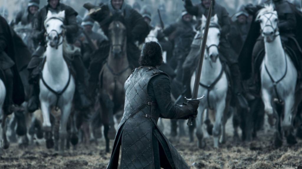 Cholera Jon... miecz to nie kij baseballowy. Dźgnij ich ostrym końcem.