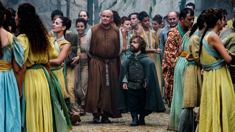 Varys i Tyrion - znów w swoich perfekcyjnych przebraniach.