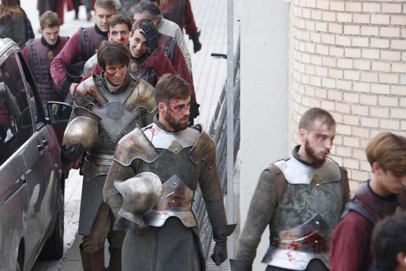 Pokonani zbrojni Tyrellów.