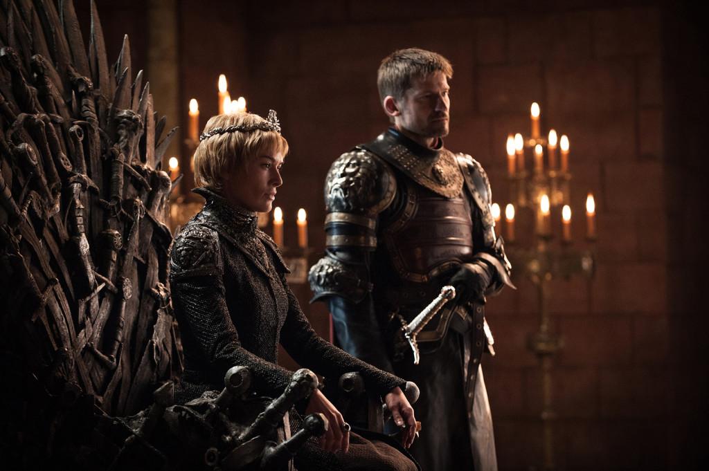 """Cersei będzie nosić w tym sezonie fryzurę """"na Piasta Kołodzieja""""."""