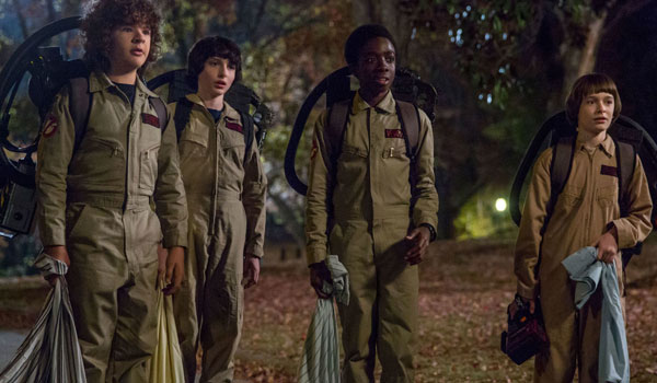 "Kadr z drugiego sezonu ""Stranger Things"""