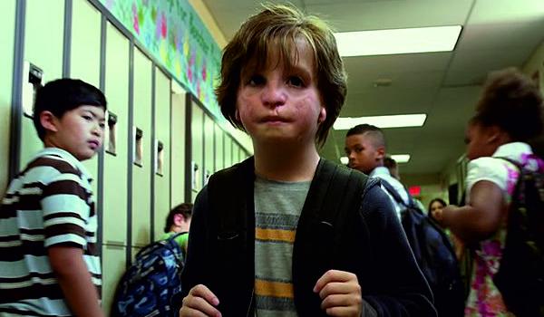 "Kadr z filmu ""Cudowny chłopak"""