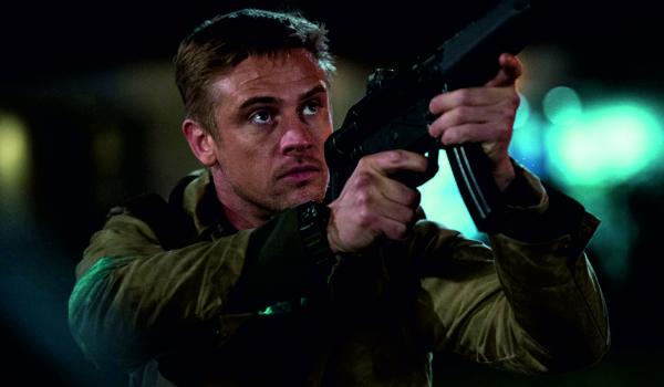"""Kadr z filmu """"Predator"""" (2018)"""