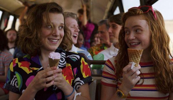 """Kadr z serialu """"Stranger Things"""" sezon 3"""
