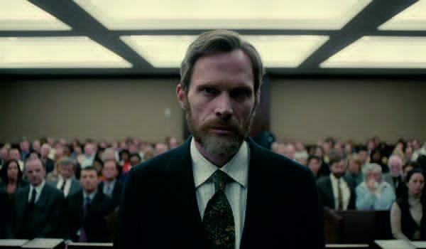 "Kadr z serialu ""Manhunt: Unabomber"""