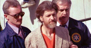 Niedzielne Fiszki: CIA wyprało mózg Kaczynskiemu (Tedowi)